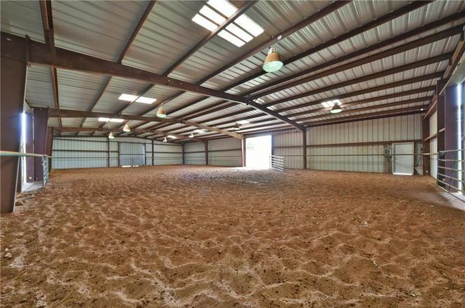 Epona Ranch | Horse Boarding in Edmond, Oklahoma